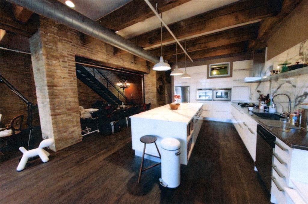 Awesome Brick Wall In Kitchen